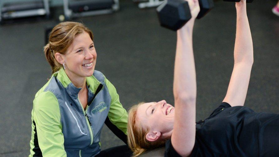 ボイストレーニングに有効な筋トレについて